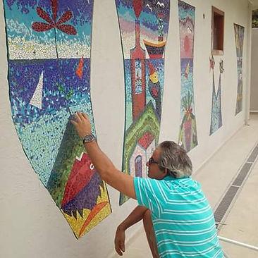 Lucas e o Mosaico Ilhabela.jpg