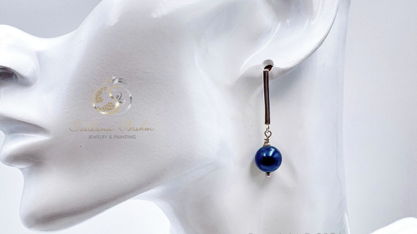Sterlingsilber Ohrringe mit Süßwasserperlen in petrolblau, handgefertigt