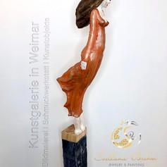 """Gallionsfrau 2"", Skulptur in Lindenholz, handbemalt, Stefan Neidhardt, signiert, datiert 2018"