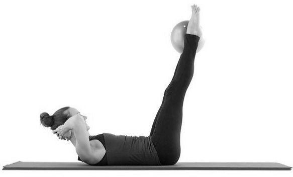 double-straight-leg-stretch-pilates-mat-