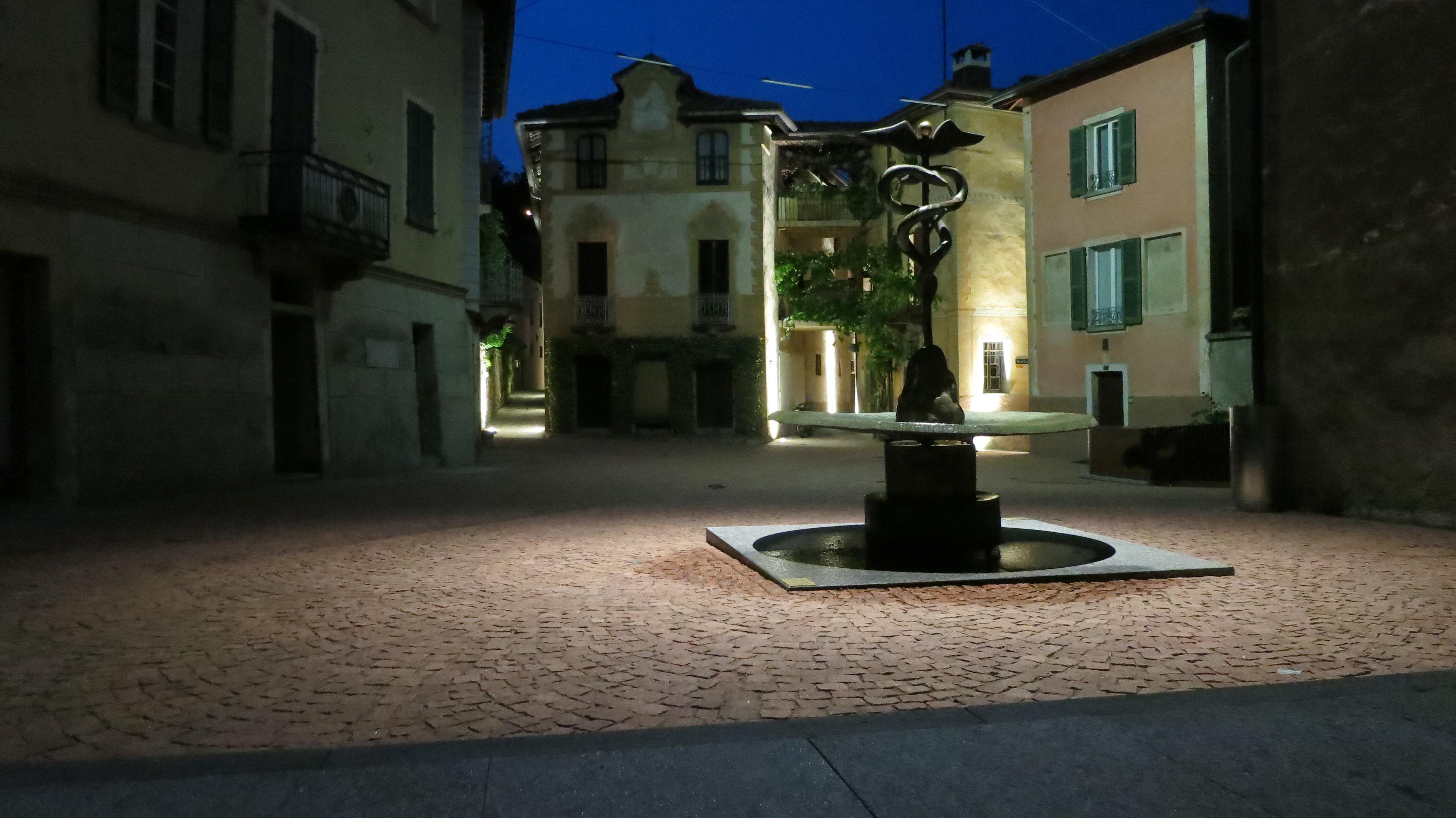 fontana firmata Meret Oppenheim