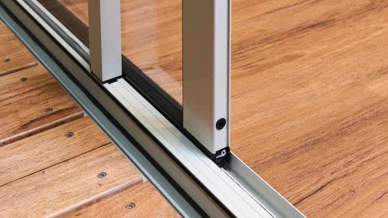 Close-up-of-Essential-Sliding-Door-80mm-