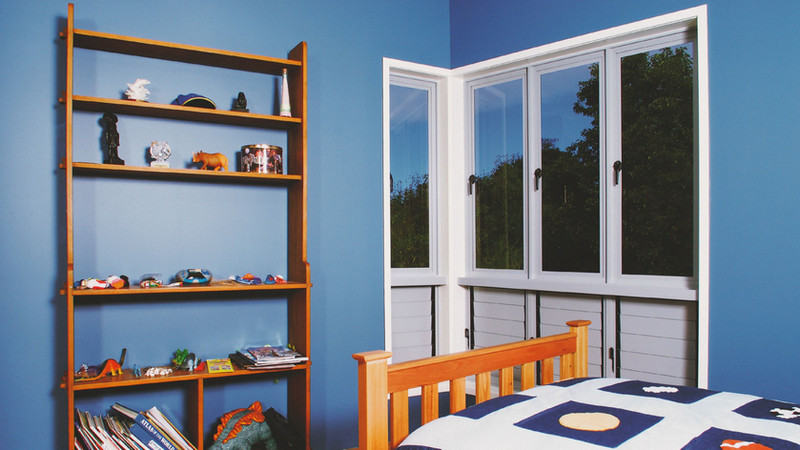 White-Casement-Window-in-a-bedroom-1024x