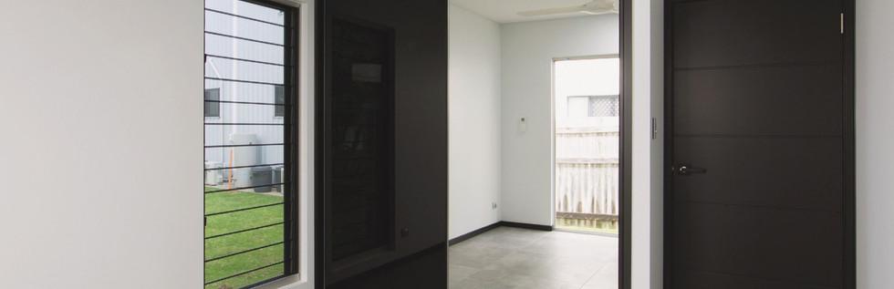 Mirror-Wardrobe-Sliding-Doors-1024x576@2
