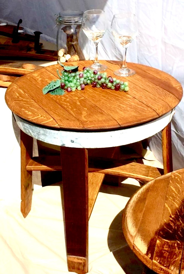 Short Wine Table