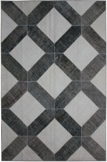 """Hand Knotted Antique Patchwork Rug - 6'6"""" x 9'11"""""""