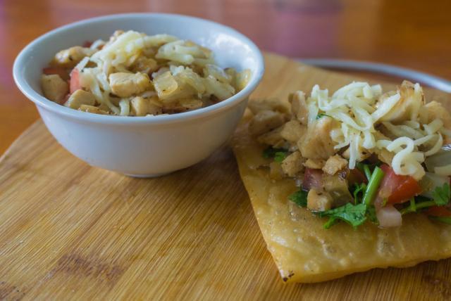 VIETNAM-HOIANSETB-food-dish.jpg