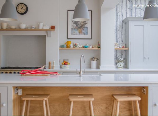 Inspirez-vous d'une cuisine anglaise de style Shaker aménagée dans une extension.