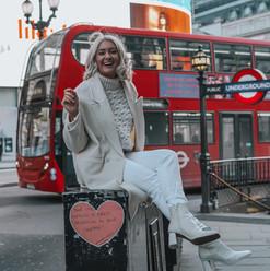 MARY-ANNE DA'MARZO LONDON STREET ARTIST.