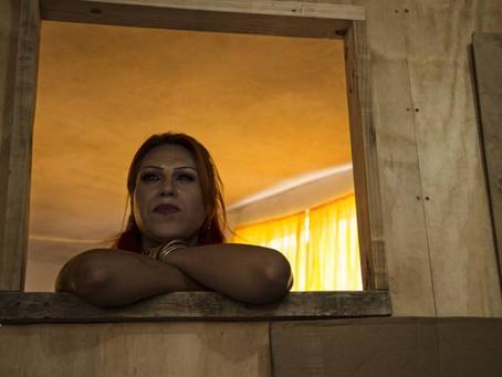 La prostituta que entierra a las transexuales en México