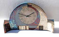 Large mantel clock 1