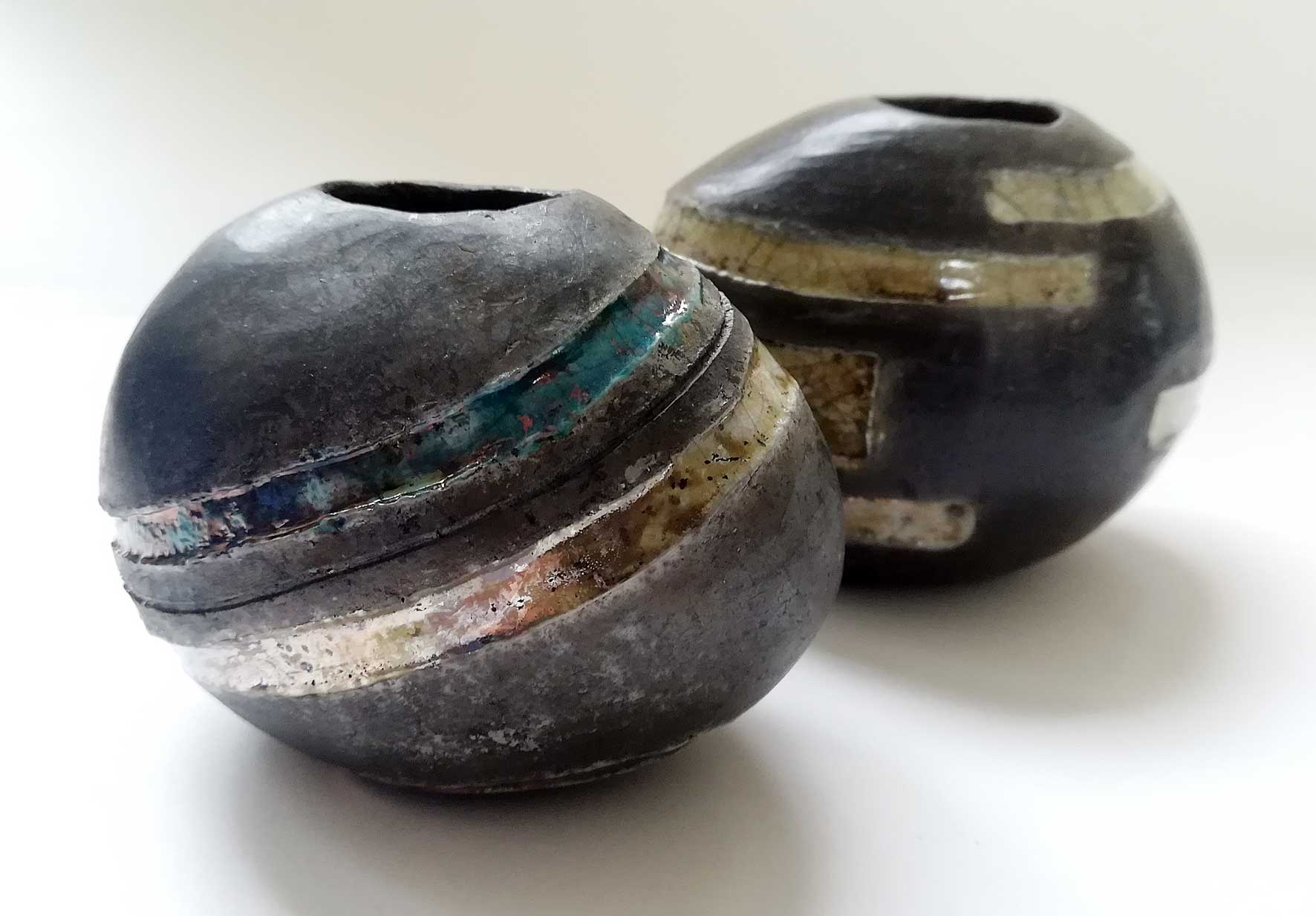 Egg vase silver, turquoise and black