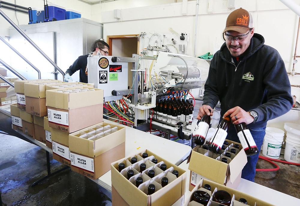 Bottling at Heater Allen Brewing  //  Rockne Roll