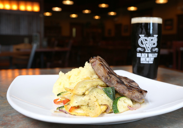 Golden Valley Brewery Dundee Porter with Angus Springs Ranch rib eye steak, sauted summer squash and Yukon Gold mashed potatoes // Rockne Roll