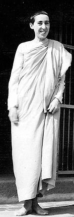 Dr Suzanne Curtil