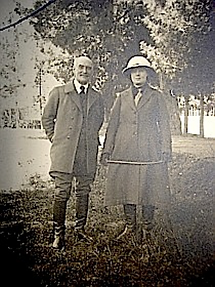 Alfred Foucher et son épouse  en Orient