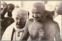 Annie Besant et Gandhi.png