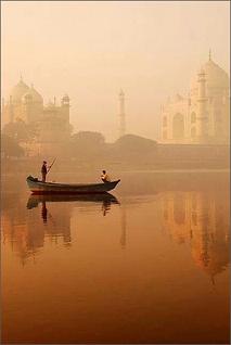 Taj Mahal vue de la Yamunâ