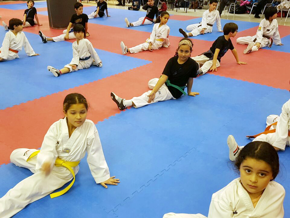 Training with the school 4Masters_25.jpg