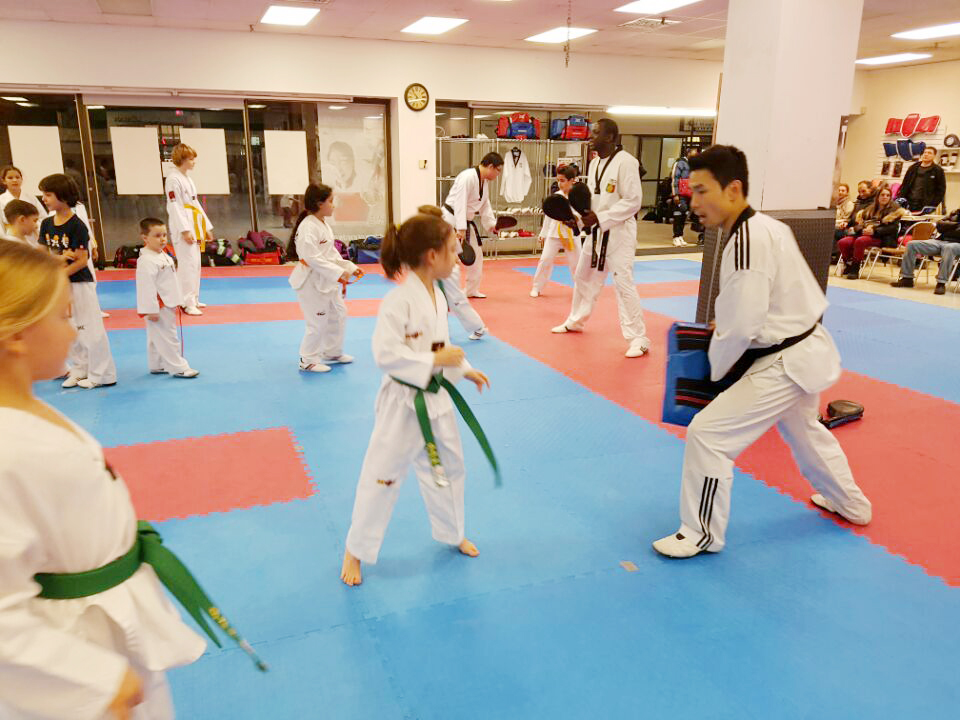 Training with the school 4Masters_12.jpg