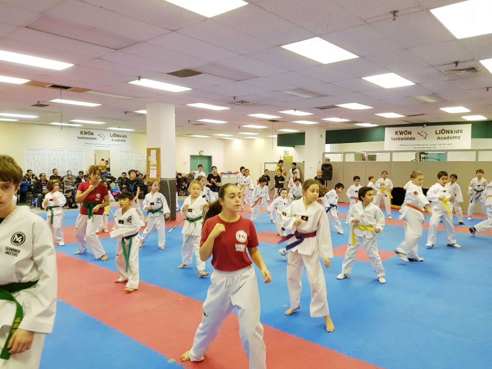 Training with the school 4Masters_09.jpg
