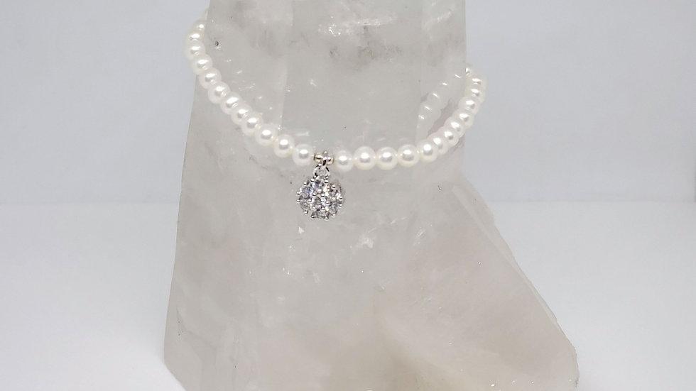 Beautiful AA+ Akoya Pearl Bracelet w/charm