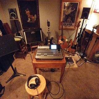 Cairns studio