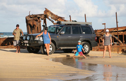 4WD Travel Team Peek