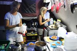 4wd travel - Camper Kitchen