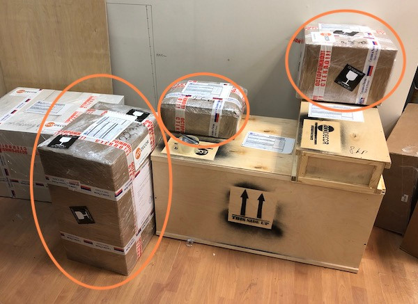 Shipping and packing of elements for escape rooms