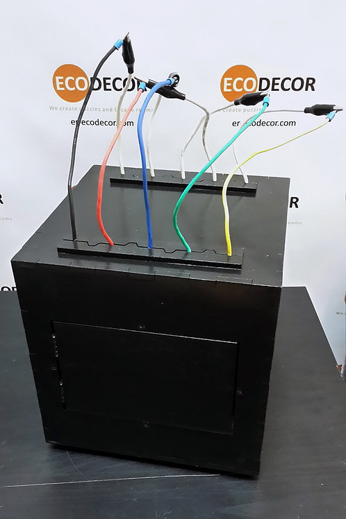 Connect wires (box, crocs) escape room puzzle