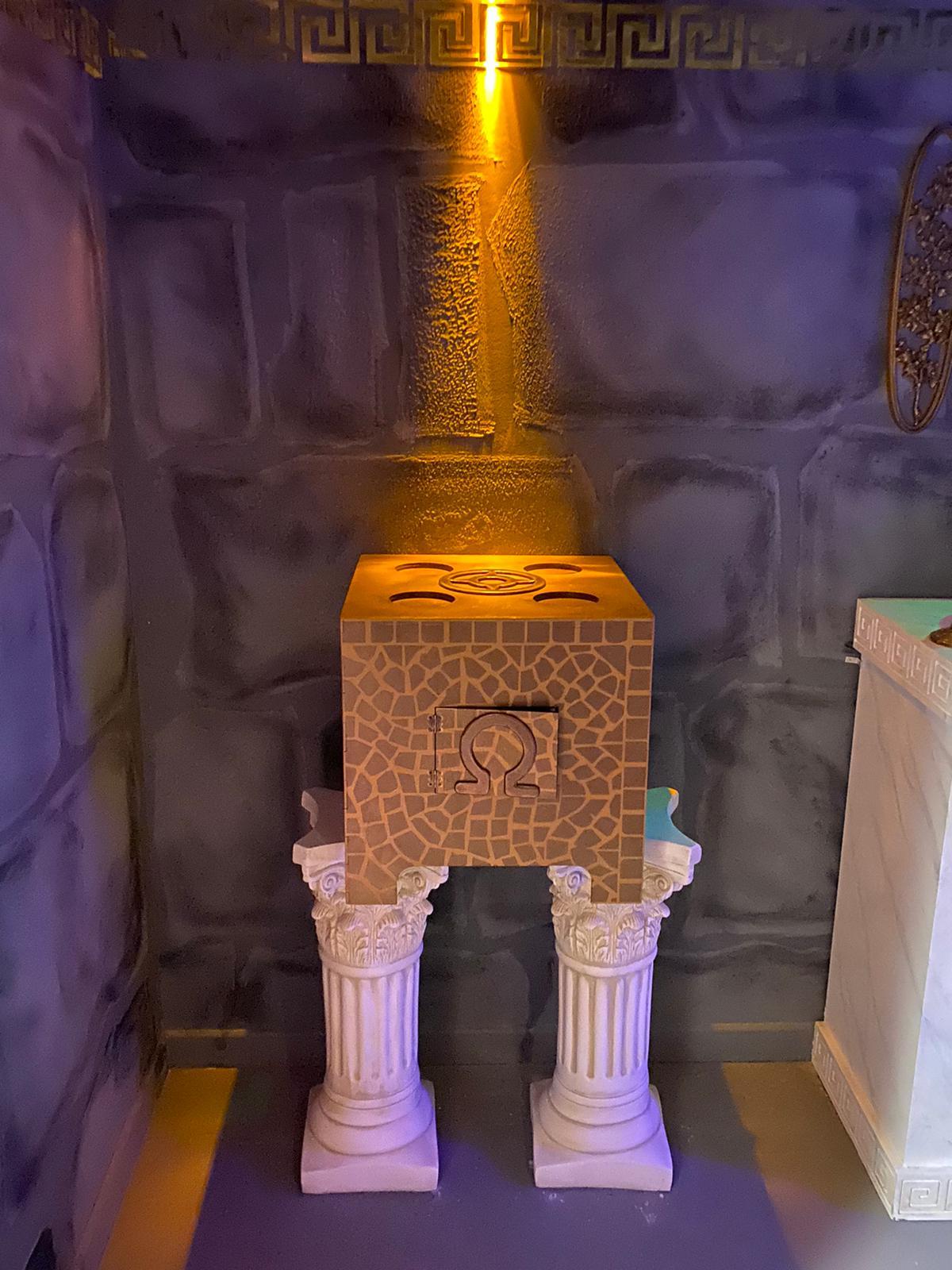 Puzzle in escape room (four stones)