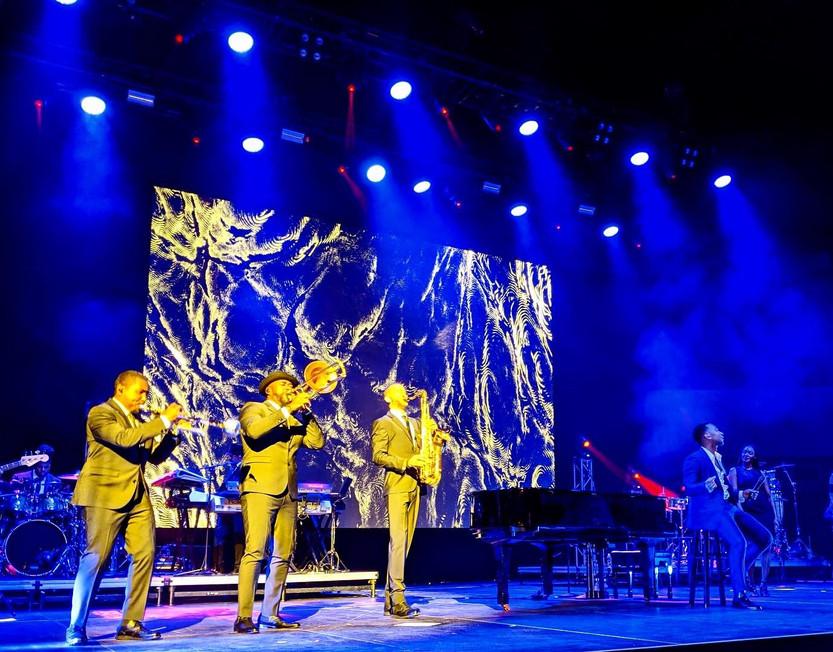 John Legend Performance