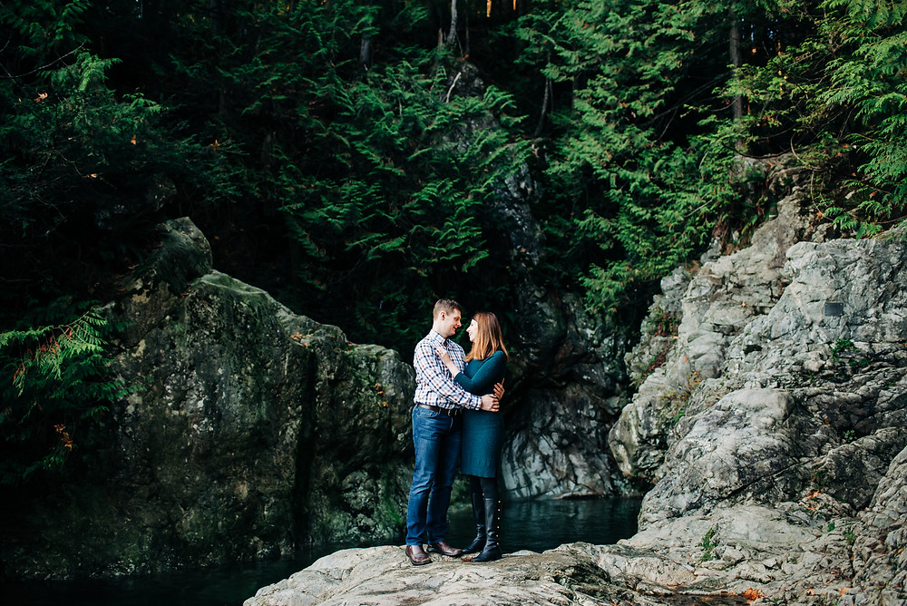 Romantic Lynn Canyon Park Engegment, Vancouver wedding photographer
