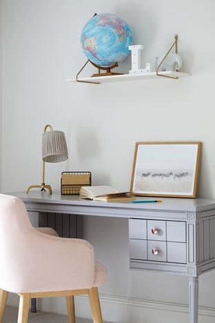 Bedroom Desk - Interior Design