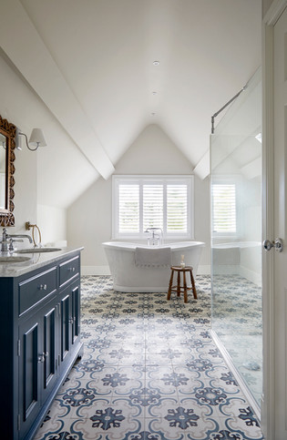 Ensuite Bathroom - Fable Interiors Warwickshire