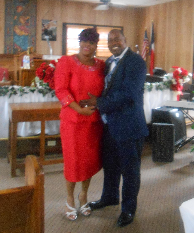 Pastor & Wife 14th Anniversary 6-26-2016 (92)