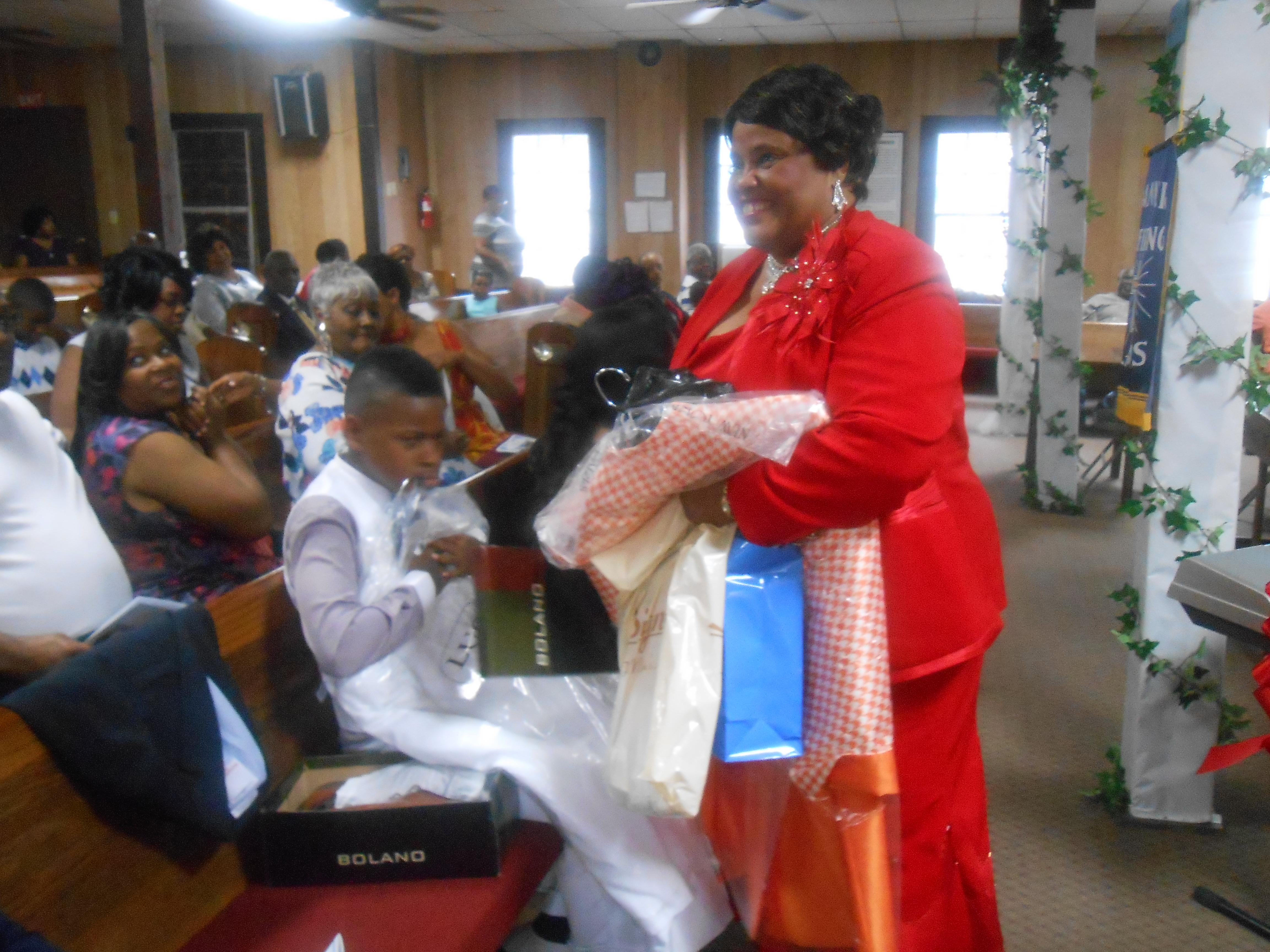 Pastor & Wife 14th Anniversary 6-26-2016 (73)