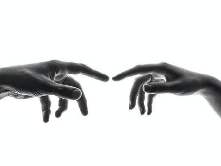 Les mains: notre carte de visite