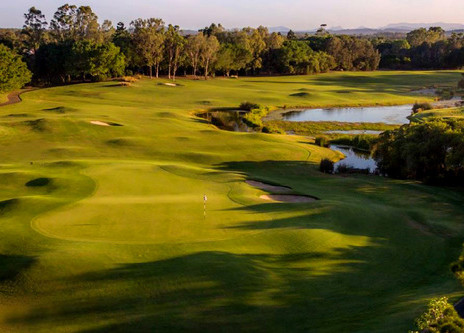 Hope Island Resort - Course Review