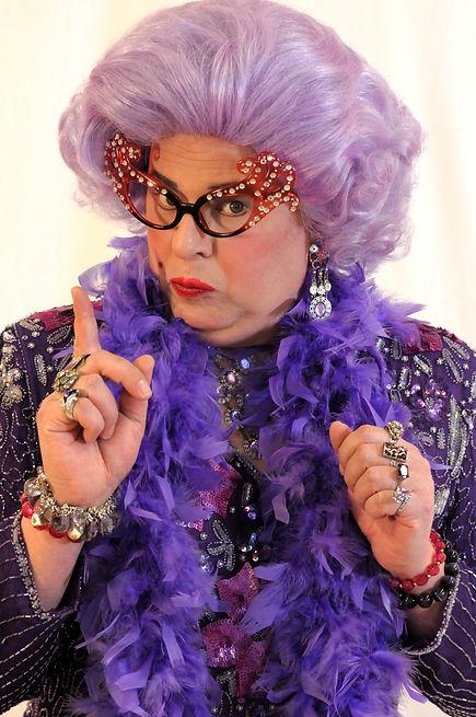 dame photo shoot 2011 003.jpg