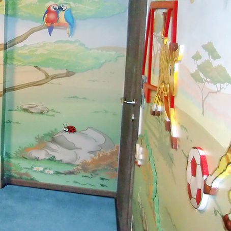 Lion cubs and Giraffes | Animino Children's room murals and decoration