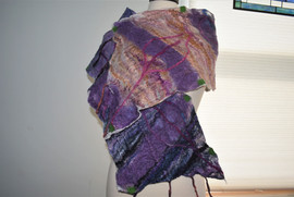 Purple and Gold scarf made with 100% silk and roving with prefelts. Approx, 2' X 4'