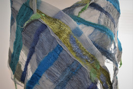 Blue & Gold scarf-closeup