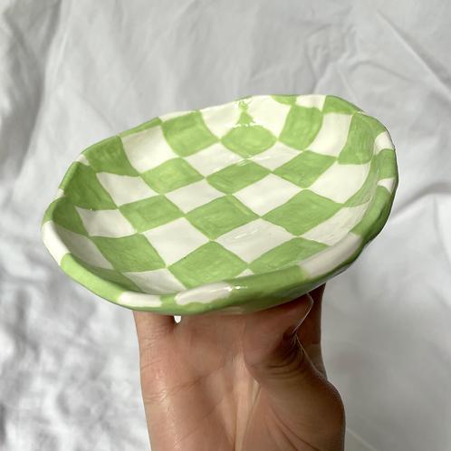 Green check dish