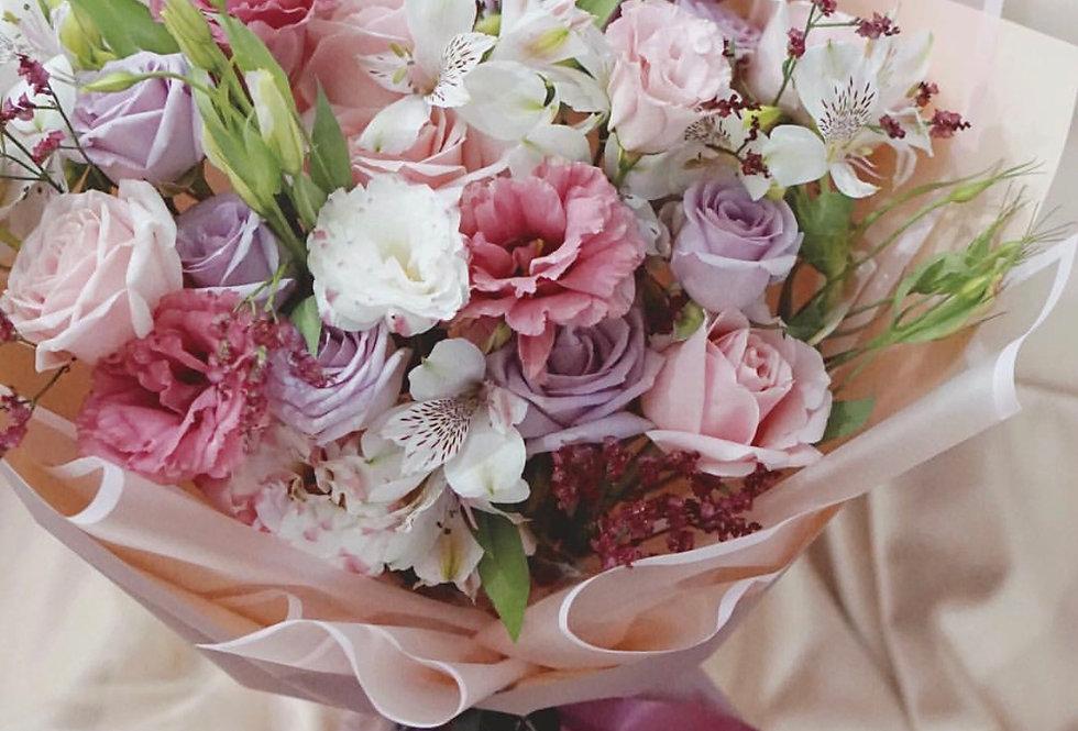 Pastel Hue Bouquet | IDR 550,000