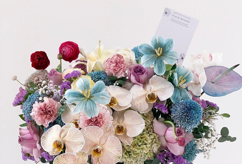 Garden Dance Midi Bloom Box   125 AUD