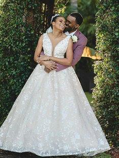 Congratulattions to Monique & Darren! .