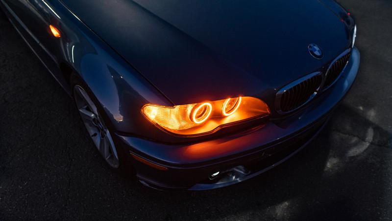 2004 BMW E46 headlights with switchback halos at modern retrofits amber