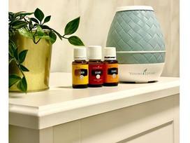 Odśwież powietrze w domu olejkami eterycznymi.
